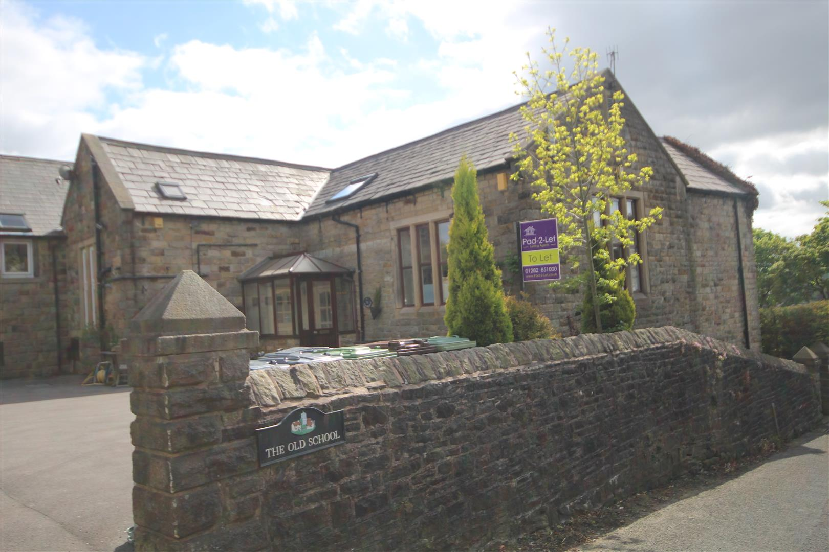 1 bedroom end terrace house To Let in Foulridge, Colne - Property photograph
